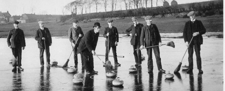 Group of curlers on the loch Lenzie 1910 postcard